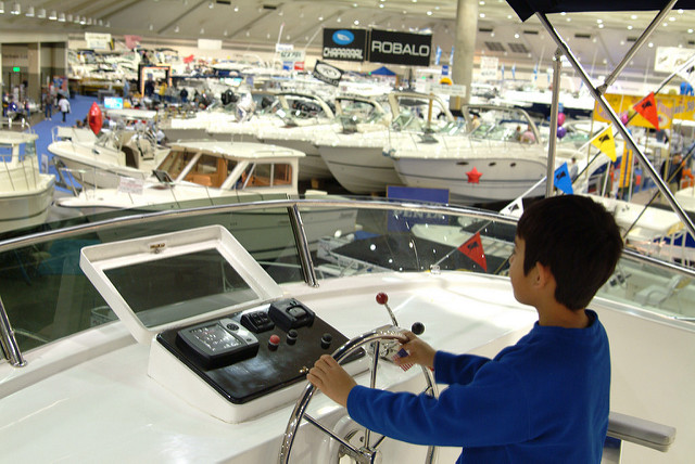 baltimore boat show kid driving.jpg