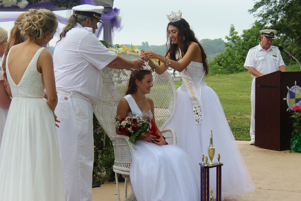 queen of chesapeake crowning.jpg