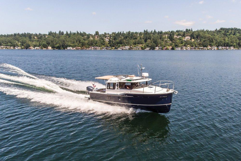Ranger R-27 Outboard