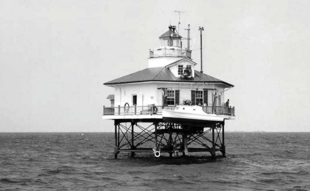 Holland Island Bar Light as it appeared in 1950. Courtesy US Coast Guard.