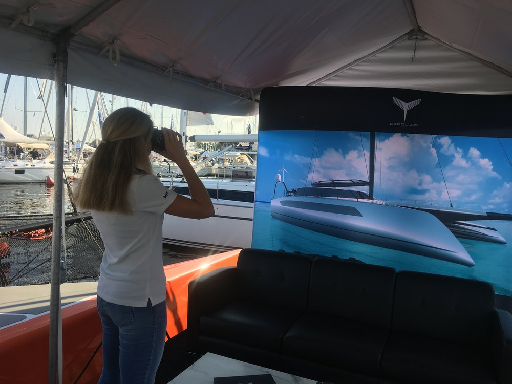 I virtually explore the D80 at the United States Sailboat Show.