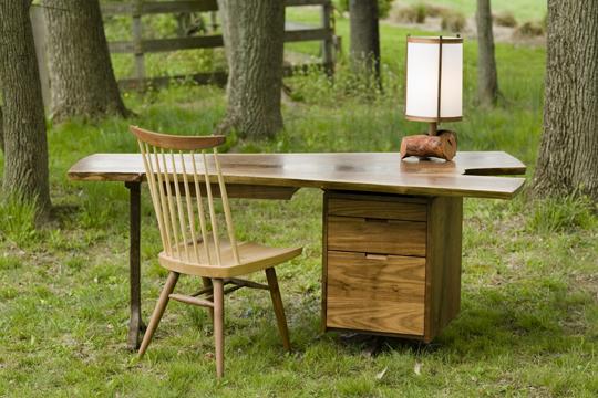 lamington desk.jpg