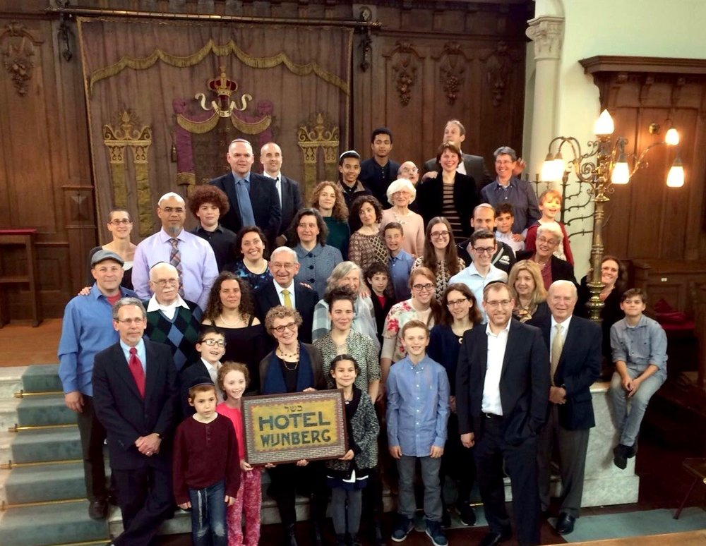 More than 40 members of the Wynberg family, descendants of the 4 adult survivors of the Jewish Holocaust in World War II, gathered in Zwolle, Holland for a memorial in honor of their family.