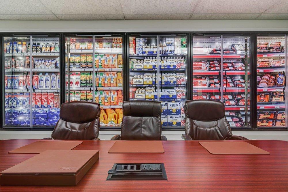 Sabrina Belzil photographe -Pixel Fabrique salle-de-conférence-réfrégérateur-épicerie-écologique