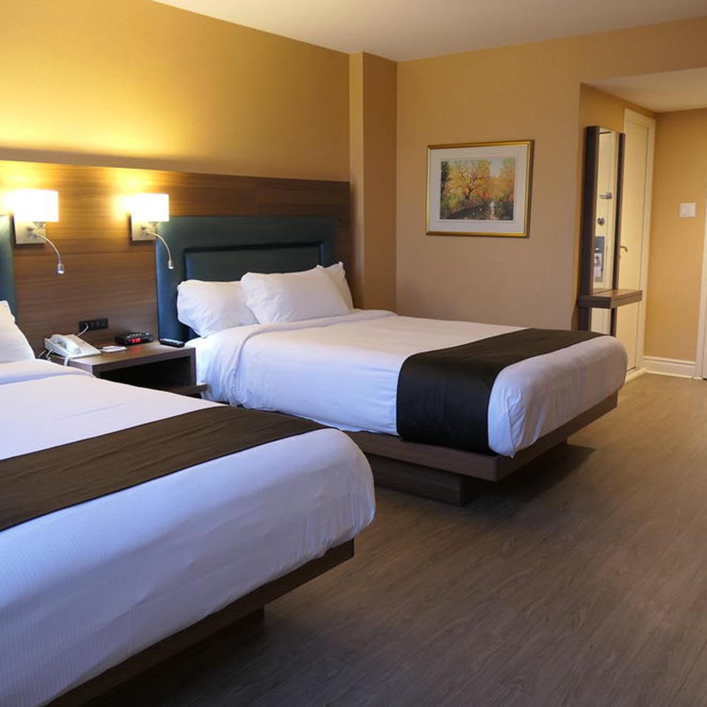 HOTEL ESPRESSO  - (700 m - 8 min a pied)Adresse:1005 rue Guy,Montréal,H3H 2K4Tel: +1 (514) 938-4611Sans frais: +1 (877) 468-3550