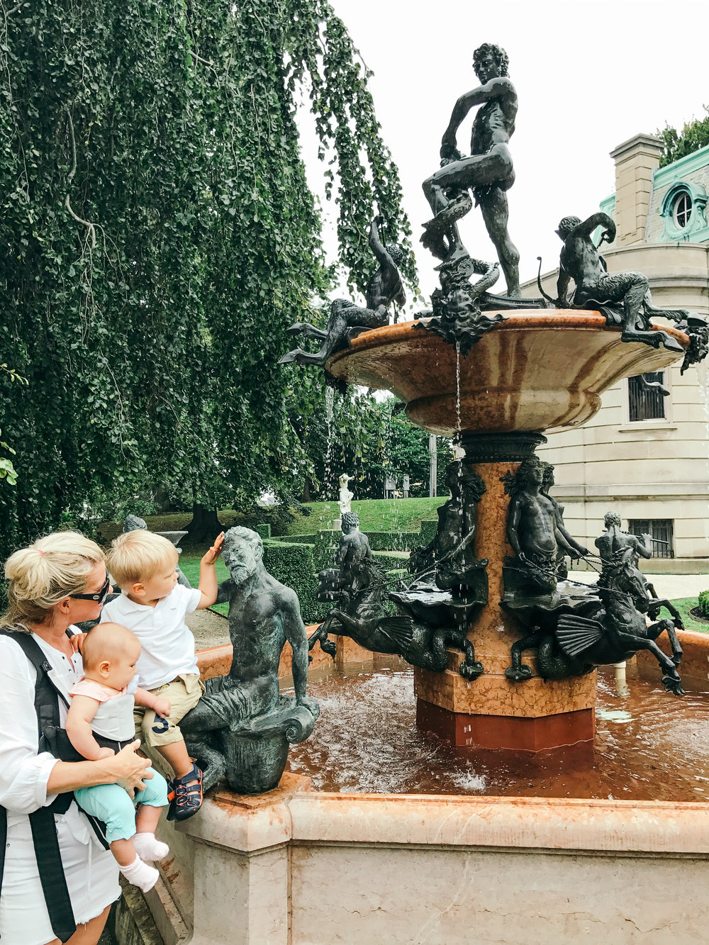 newport-rhode-island-lifestyle-mom-style-maternity-fashion-vintage-jewelry-travel-family-blog