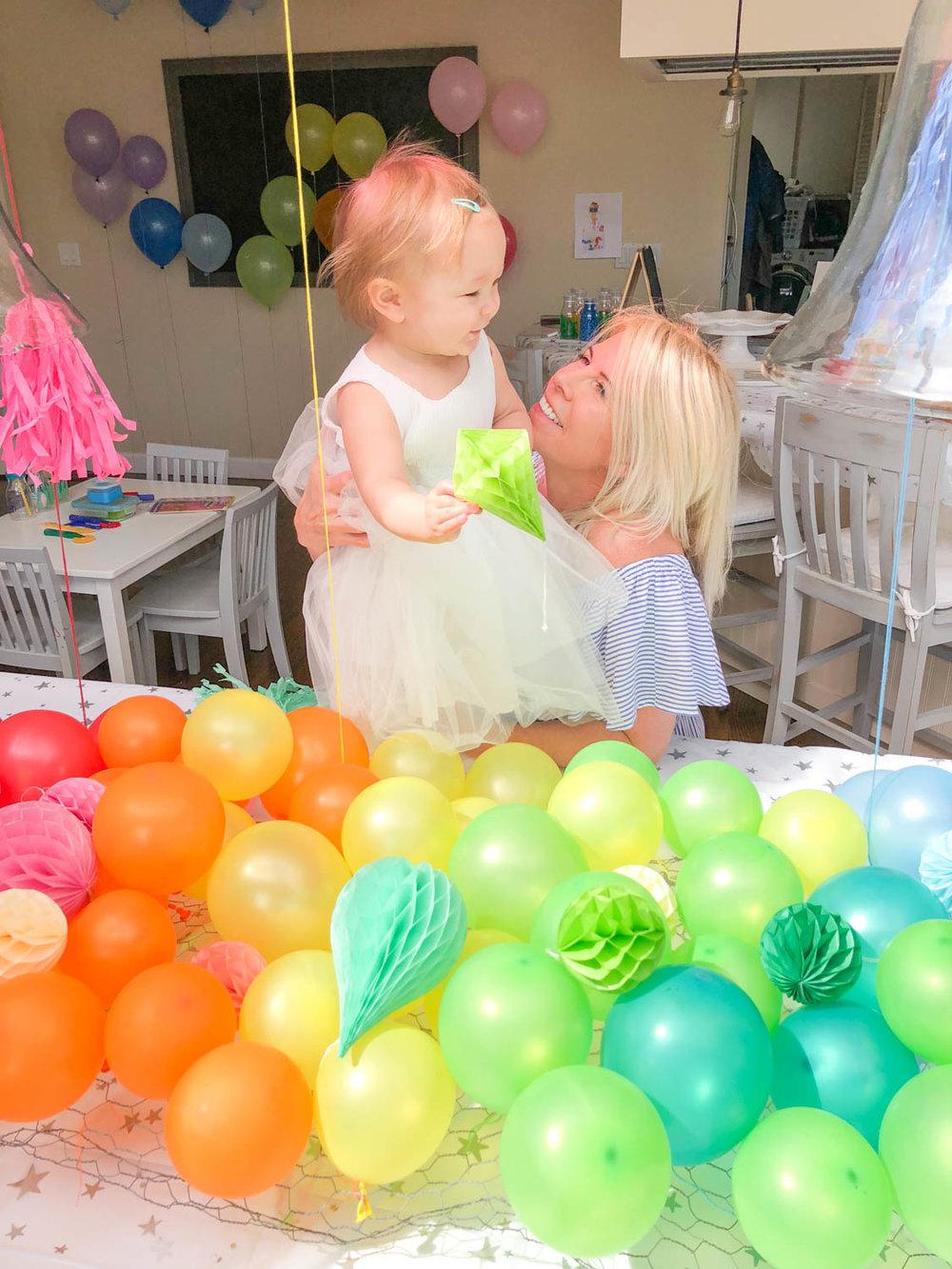 baby's first birthday aura birthday party diy centerpiece ombre pinterest