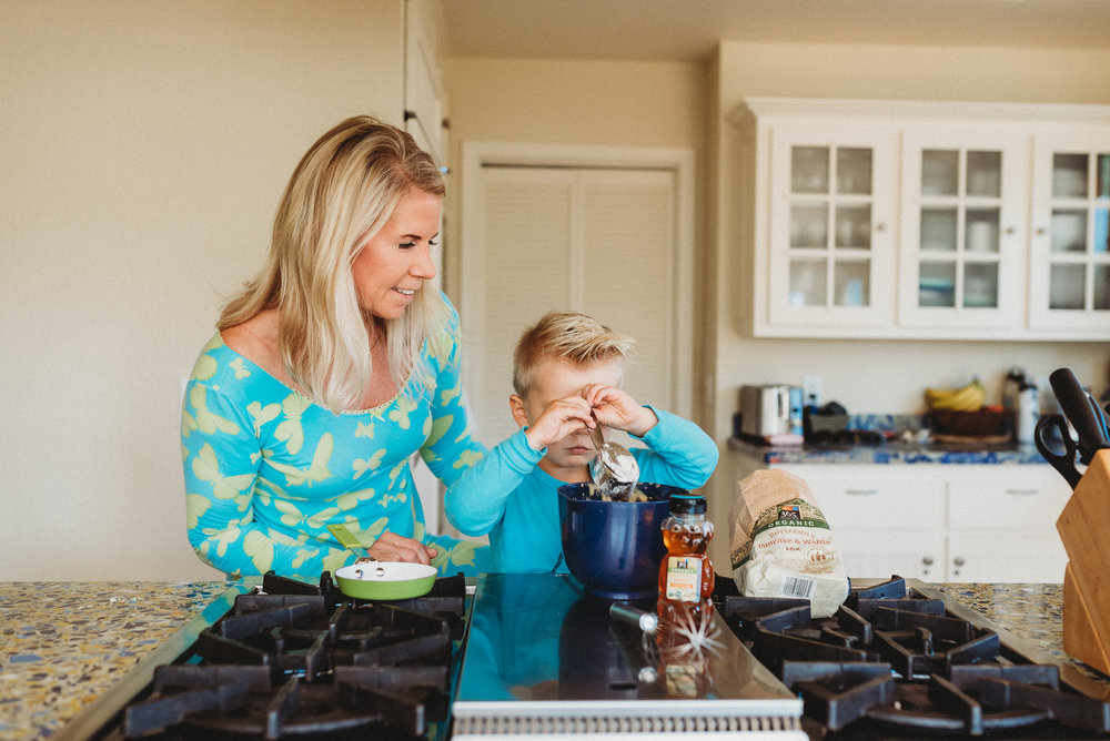 family pancakes morning routine mom of two toddlers pj mornings family time quality time8.jpg
