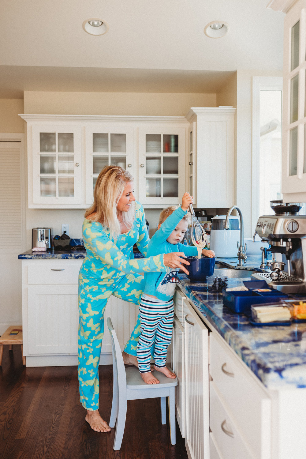 family pancakes morning routine mom of two toddlers pj mornings family time quality time20.jpg
