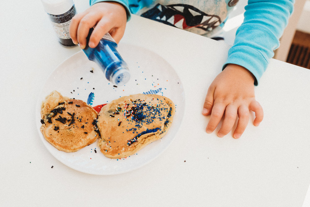 family pancakes morning routine mom of two toddlers pj mornings family time quality time38.jpg