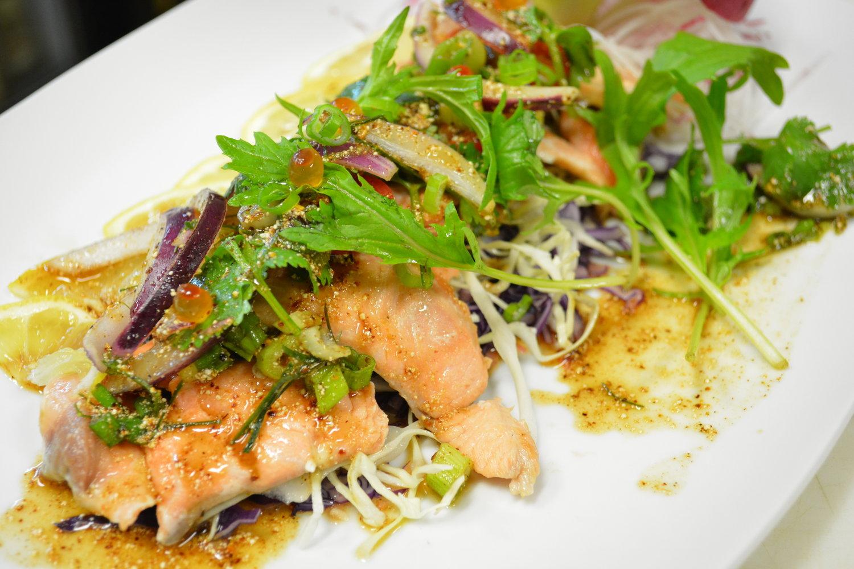 salmon thaispicy dresing - Thai Kitchen Milwaukee