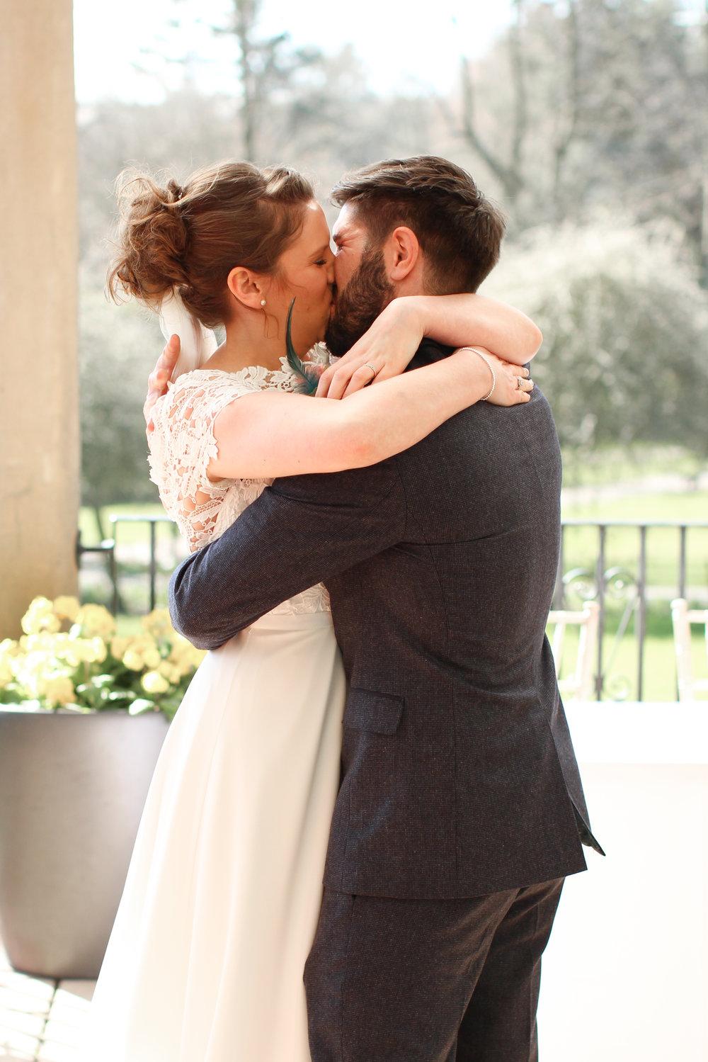 The Kiss! Sun Pavilion Little sixpence Photography