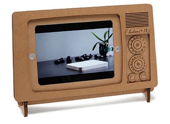 gift-for-men-ipad-stand.png