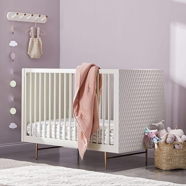 OMG.. now your baby can sleep so mid-century-modern-perfect 😴 Check out this New #WestElm additon - baby + kids furniture and accessories 🤗 this is so exciting! I am already done with cribs and babies for myself - my 2 lovely daughters is the biggest blessing I could ever ask for 👯‍♀️ soooo who is my next happy expecting client?!! ⠀ .⠀ image via @westelm ⠀ .⠀ .⠀ .⠀ .⠀ .⠀ .⠀ #mywestelm #nurseryinspo #nurseryfurniture #midmodnursery #sofiasakare #interiorstylist #edesign #onlineinteriordesign #virtualinteriordesign #homestyling  #moderninterior #interiordecorator #moderndecor #interiordesigninspiration