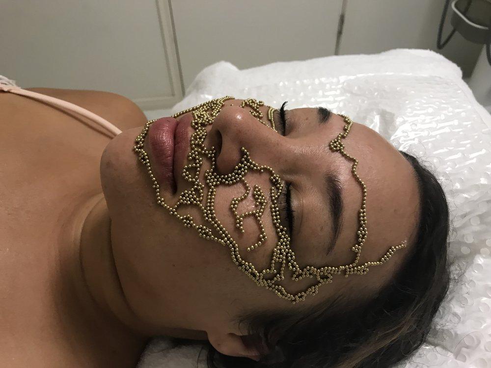 B// Qi beauty Customised Matrix