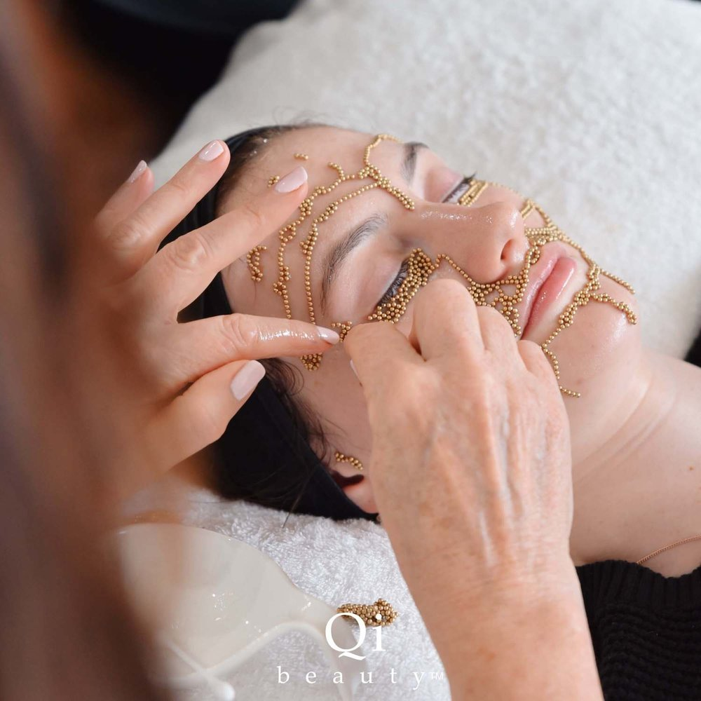 The Matrix is customised for each client to target specific concerns; scarring, uneven skin tone, uneven facial features, facial contouring, restoring volume, elastin, collagen.