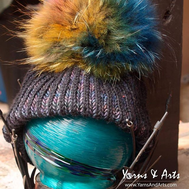 Happy Monday! . Good, better, best. Never let it rest. 'Til your good is better and your better is best. - St. Jerome . YARNS - LAUGHS - FRIENDS Visit us www.yarnsandarts.com @33308 NE 32 st Fort Lauderdale. . #knittersoffacebook #knit  #handmade  #yarn  #crochet  #strikking  #wool  #knittingaddict  #knitwear  #knitted #handknit  #i_loveknitting  #yarnlove  #knitting_inspiration  #crocheting  #knitter  #YarnsandArts