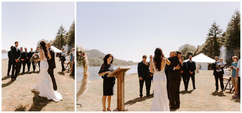 Klamath River Northern California Wedding - Oceana and Kenton - Jessica Heron Images 034.jpg