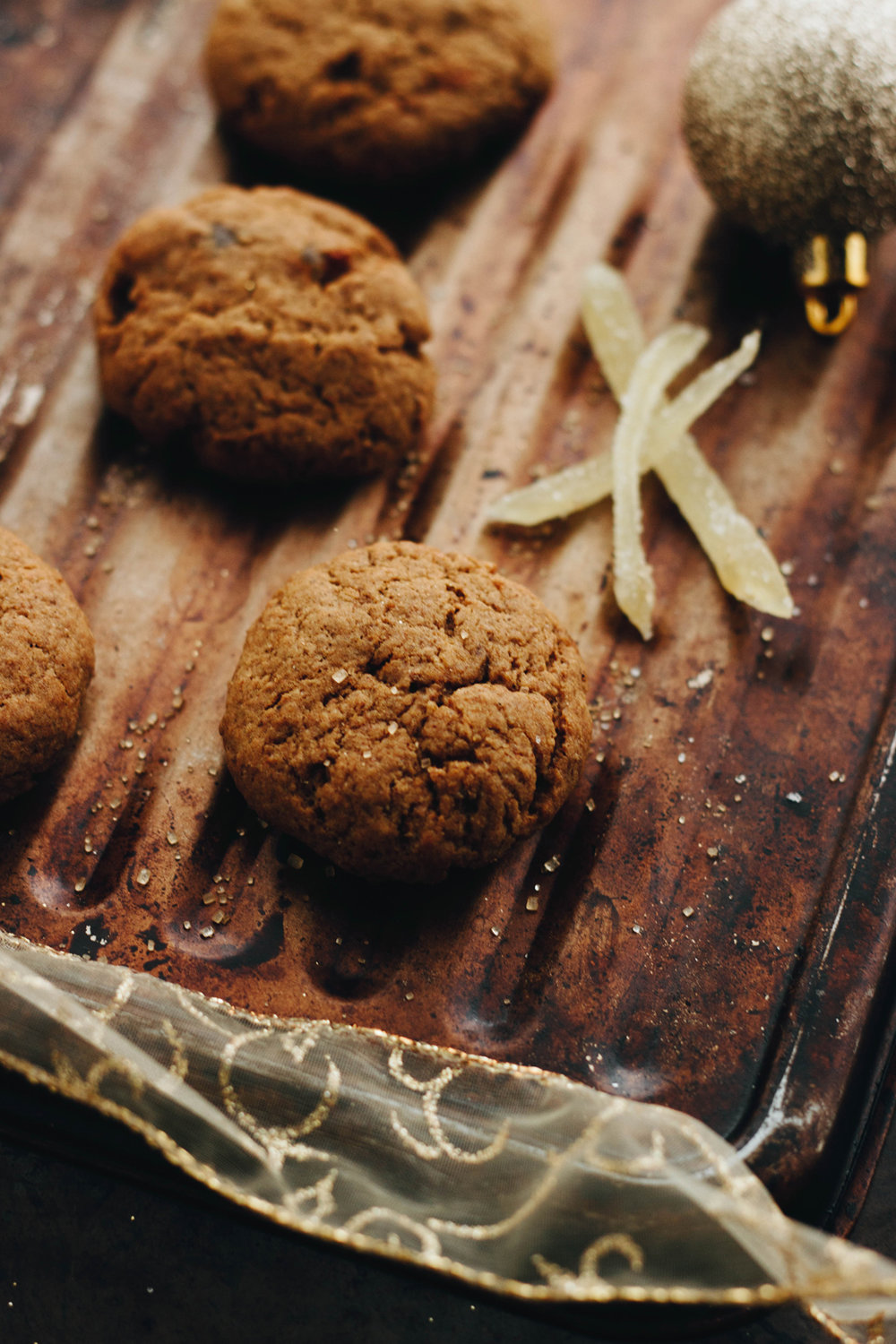 Sweet Sweet Holiday Treats: Molasses Cookies