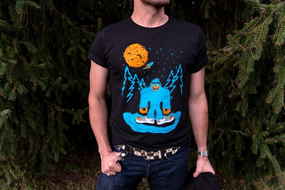 Bigfoot shirt on Kyle-3300 - Melissa and Kyle Sliney.jpg