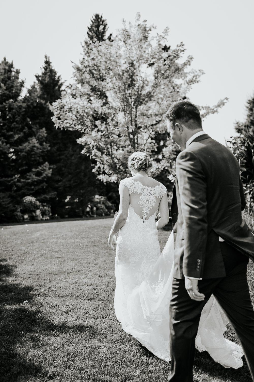 sarah&myles_wedding_031.jpg