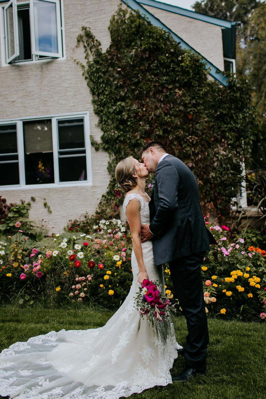 sarah&myles_wedding_049.jpg