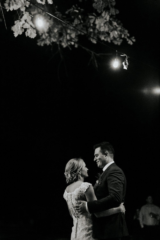 sarah&myles_wedding_0274.jpg