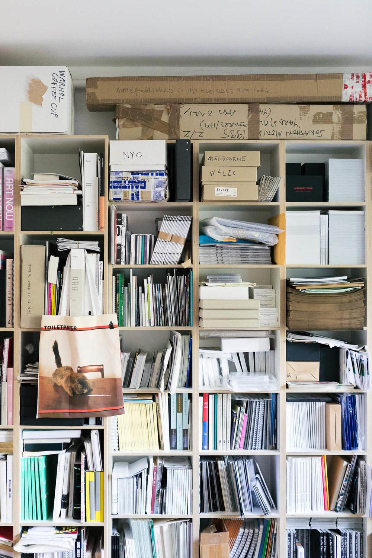 Collecteurs-Jonathan-Monk-HEJM-5760.jpg