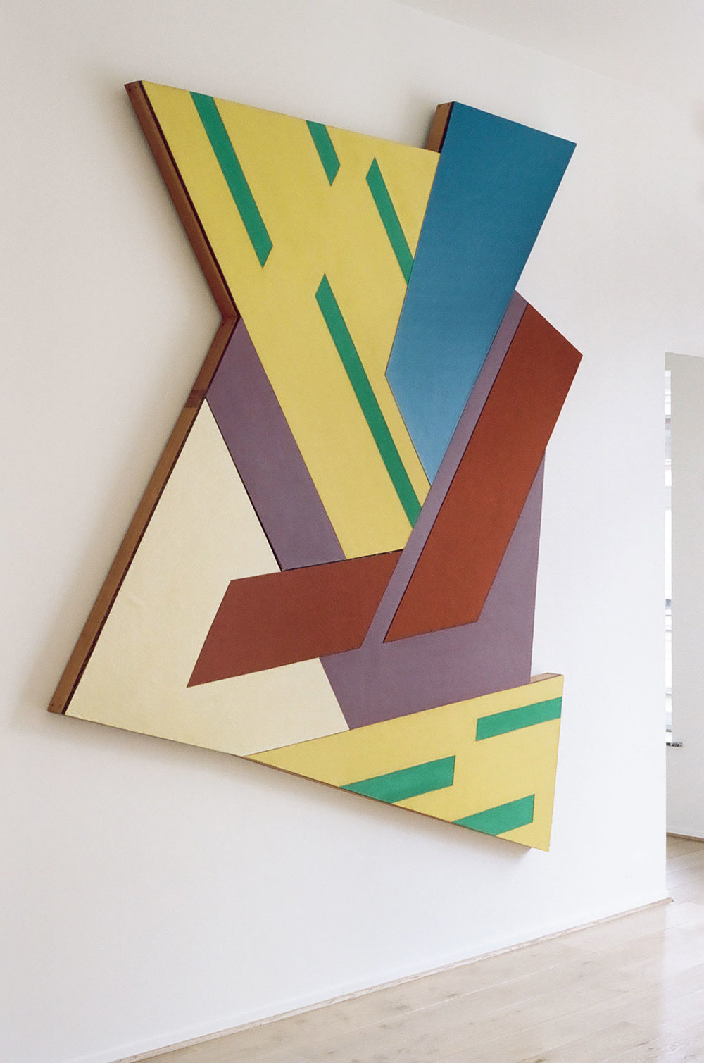 Frank Stella \ Felsztyn IV, 1971 at home.