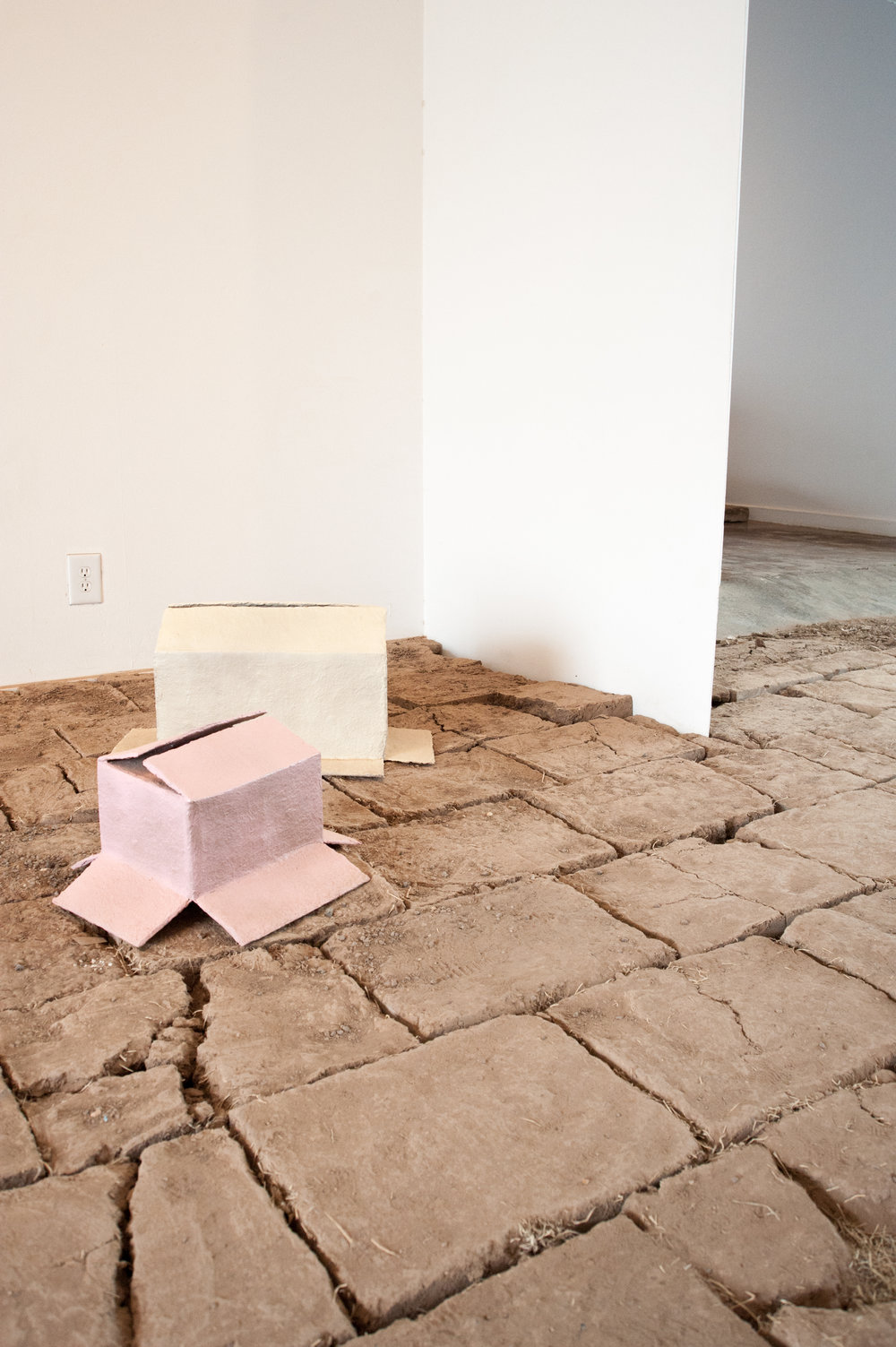 Installation view of TIERRA. SANGRE. ORO. © Emma Rogers for Collecteurs Magazine