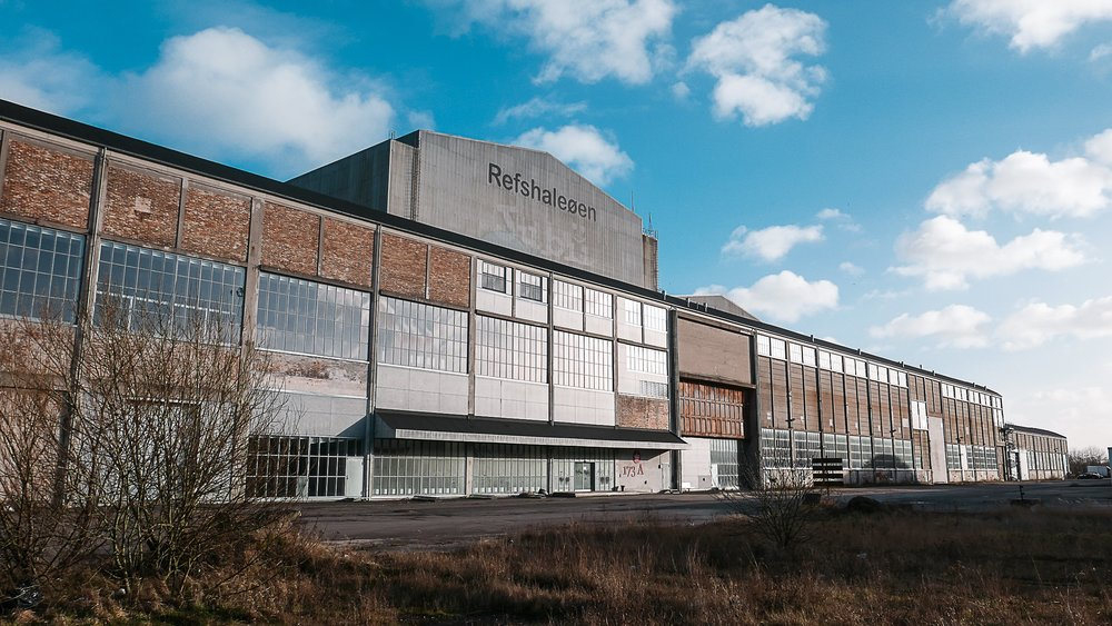 Copenhagen Contemporary - Refshalevej 173A, 1432 Copenhagen KThis summer, Contemporary Copenhagen (CC) reopened its doors in a massive industrial complex on Refshaleøen that previously housed the welding hall of the B&W shipyard. It quickly became the most visited arts center in Denmark.Now boasting 7,000 m2 of industrial space, CC will focus on showing large-scale and technically demanding works by some of the world's most acclaimed artists.Photo: © Katrine Jungersen Hansen