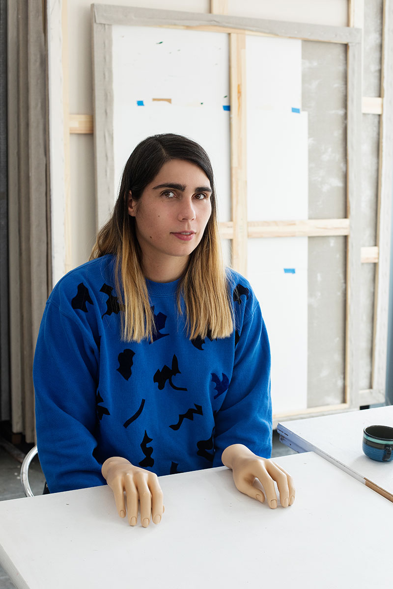 Anne Neukamp in her studio with mannequin hands © Christoph Mack for Collecteurs