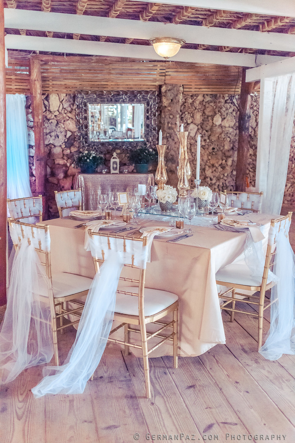 Brandi & Eddie, July 2, 2015 Decor by Mayte Mari and Natalia Roldan Venue: Huracan Cafe Photo by  German Paz