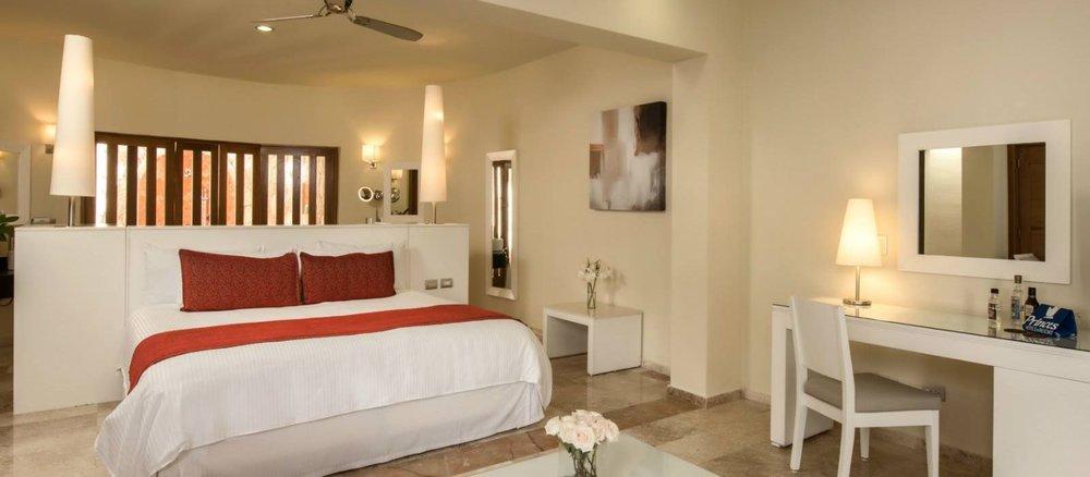 PVillas_Grand-Sunset_Riviera-Laguna Villa Suite-9.jpg