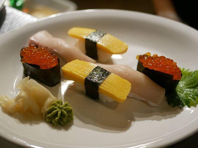 Pick your favorite bites @hilo_pokesushi #Hilopokesushi #nigiri #rhousebaltimore