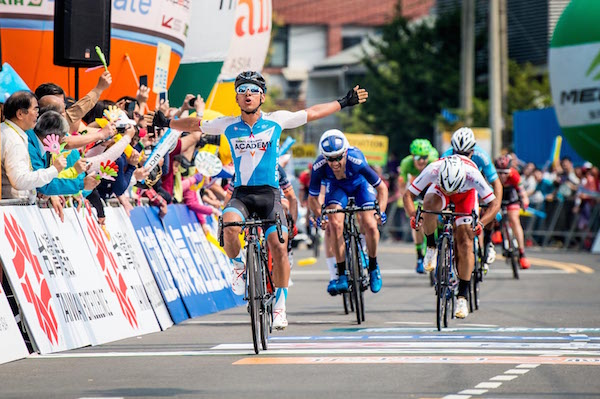 Edwin Avila wins Stage 3 of Tour of Taiwan with Israel Cycling Academy.