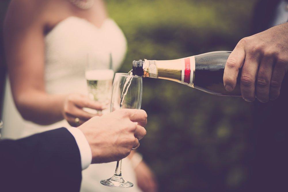 alcoholic-beverage-bottle-bride-636006.jpg