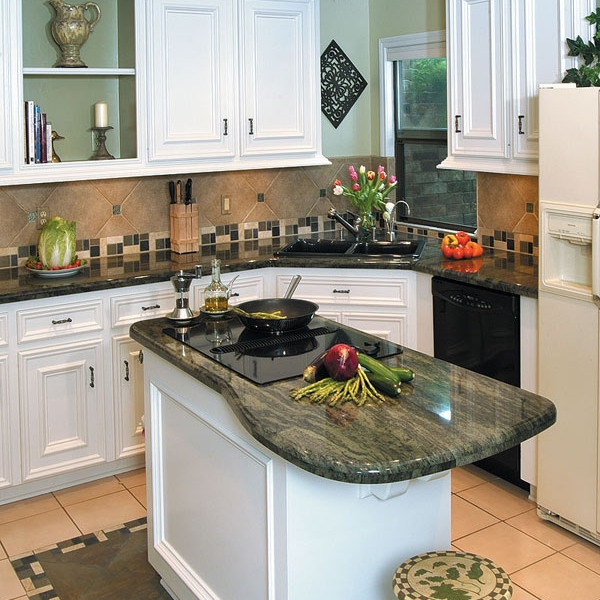 The color and cut of this countertop showcase the living movement of granite.