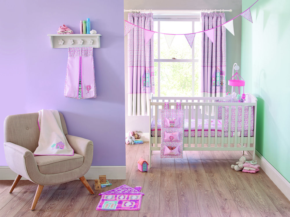 SS15_UP_AND_AWAY_COT_BED_QUILT_SET_3015572_UP_AND_AWAY_NAPPY_STACKER_30155752_DAISY_COTBED_WHITE_30136260_LANDSCAPE_ALT01.jpg