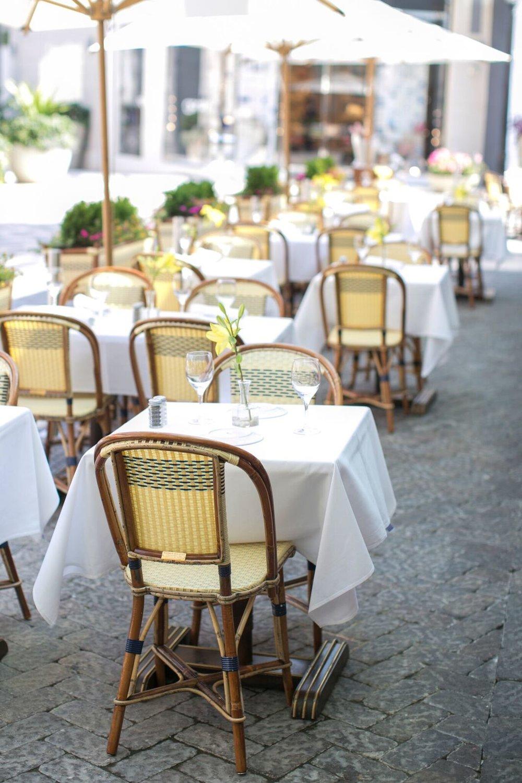 Le Bilboquet | Atlanta    En el corazón de Buckhead, Atlanta, rodeado de áreas verdes y calles adoquinadas se encuentra Le Bilboquet. Un bistro francés con un ambiente interior vibrante y un inconfundible encanto parisino.