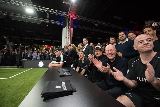 Diego Maradona, Dario Coloagna, Carlito Fuente, Jean-Claude Biver, Gianni Infantino.jpg