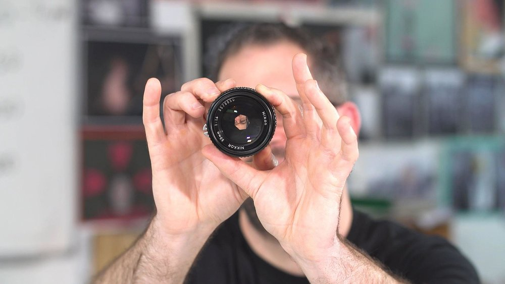 Marc Newton teaching apertures in photography