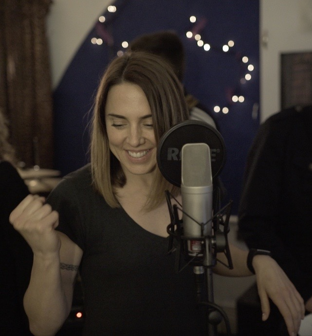 Melanie C, triple-platinum singer/songwriter, recording Cosmic Shower for us on  Safe & Sounds