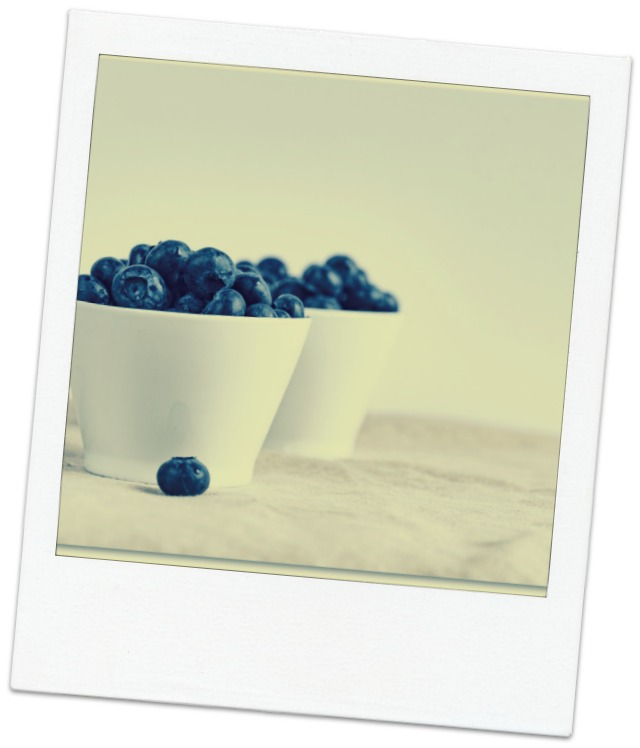 Blueberries in a bowl Polaroid - Unsplash - Joanna Kosinska.jpg