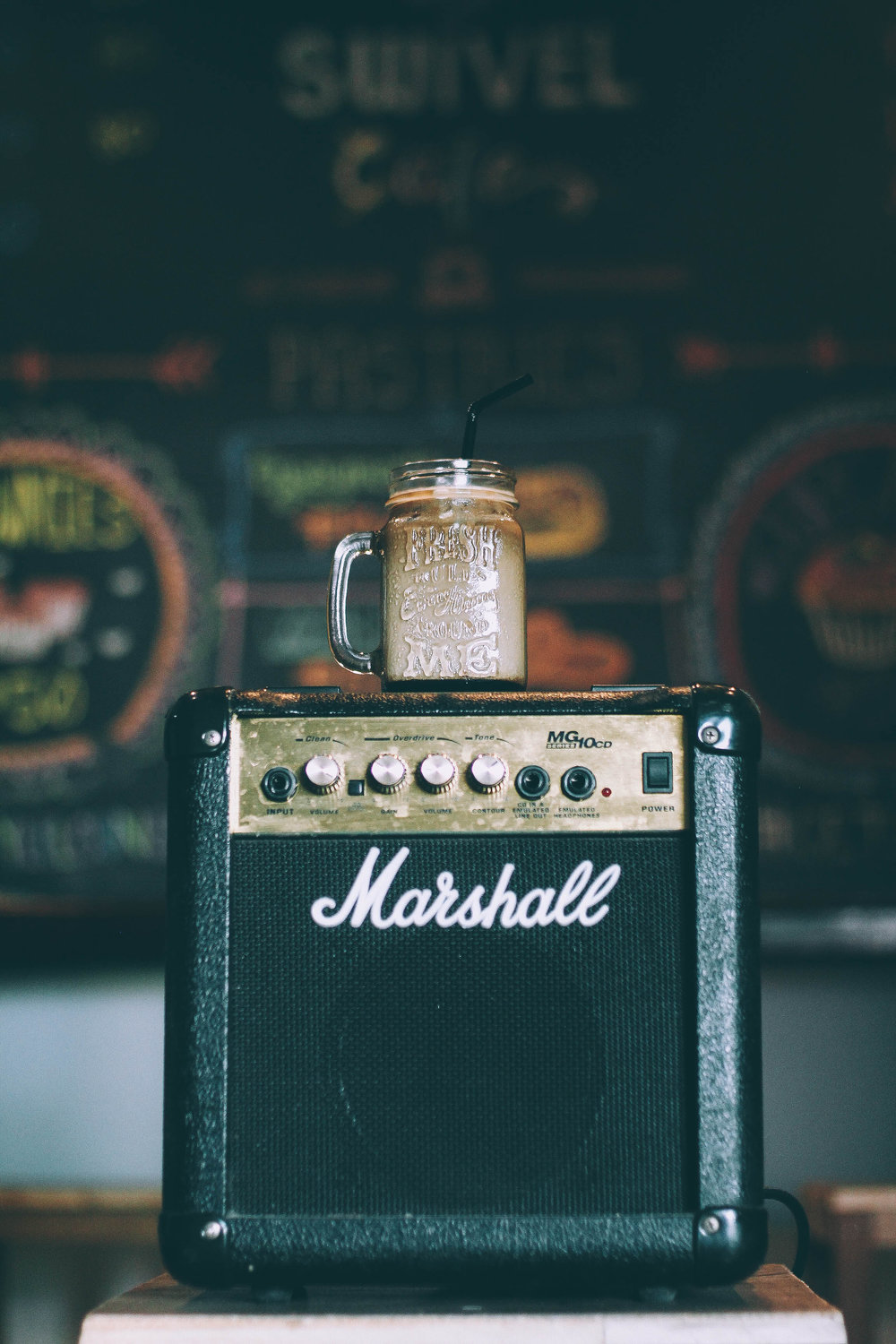 Marshall Speaker - Unsplash - pao-edu-103398.jpg