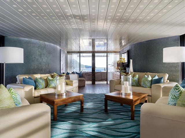 Ocean Emerald Interior