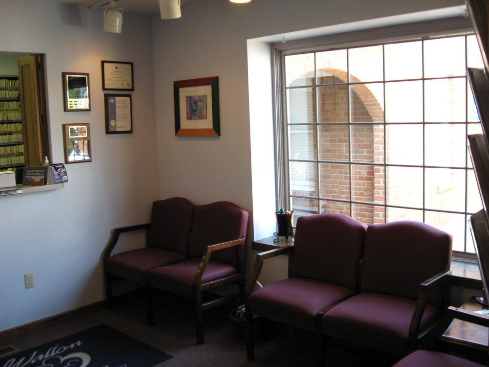 Waiting Room 1.JPG