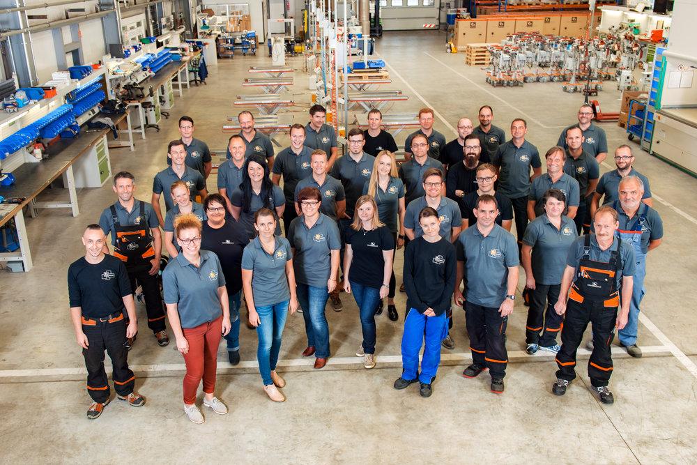 entire staff of Bräuer Systemtechnik GmbH