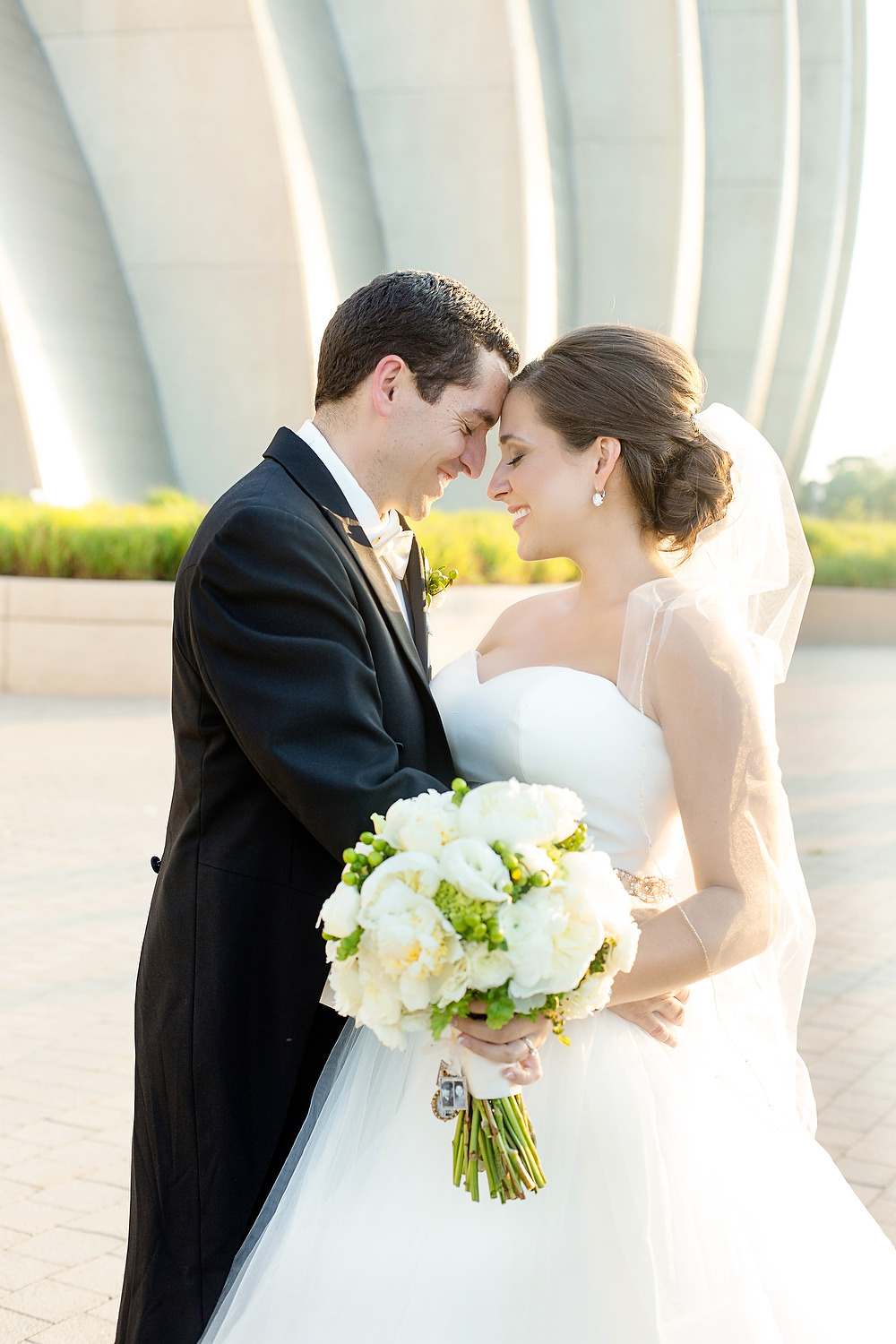 Kansas City Wedding at The Cathedral and Gallery Event Space - Photography By Claire Ryser