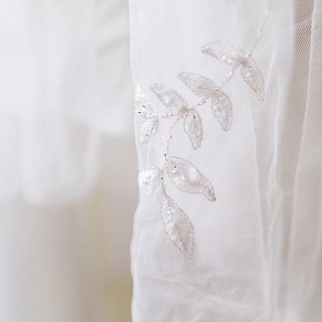 We loved the details of Jessi's stunning wedding gown! Look at this sweet little pattern...